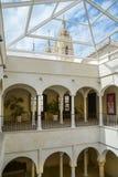 Interior del museo de arte Imagen de archivo libre de regalías