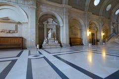 Interior del palacio de la justicia en París Imágenes de archivo libres de regalías