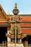 Interior del palacio magnífico en Bangkok. Imagen de archivo libre de regalías