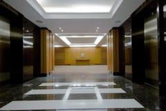 Interior del pasillo del hotel foto de archivo libre de regalías