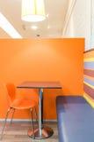 Interior del restaurante de los alimentos de preparación rápida Foto de archivo