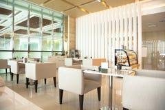 Interior del restaurante del café Fotos de archivo