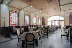 Interior del restaurante del hotel Fotos de archivo libres de regalías