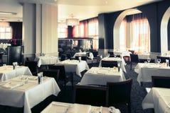 Interior del restaurante moderno Fotografía de archivo libre de regalías