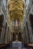 Interior del santo Vitus Cathedral en Praga Fotos de archivo libres de regalías