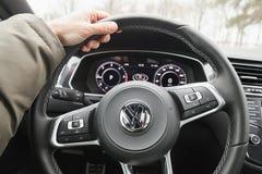 Interior del vehículo de Volkswagen Tiguan Imágenes de archivo libres de regalías