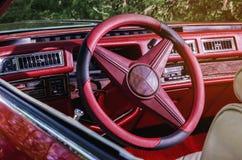 Interior del vehículo del coche antiguo de Vintag Foto de archivo libre de regalías