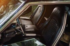 Interior del vehículo del coche antiguo de Vintag Imagenes de archivo