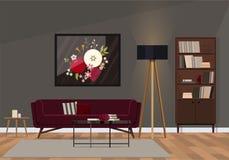 Interior design alla moda con un sofà del velluto di colore vermiglio immagini stock