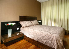 Interior design - bedroom. Master bedroom with king size bed Royalty Free Stock Photography