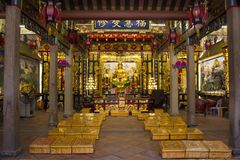 Interior design and decoration of Guandi shrine and Jinping Temple of the Queen of Heaven at Shantou or Swatow in Guangdong, China stock photos