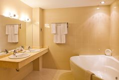 Interior design: a empty hotel beautiful bathroom Royalty Free Stock Photography