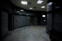 Interior design moderno della foto del corridoio dell'hotel fotografie stock libere da diritti