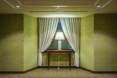 Interior design verde di tono di stanza di lusso Fotografie Stock Libere da Diritti