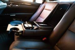 Interior (Designo) da S-classe usada S350 de Mercedes-Benz por muito tempo (W221 Imagens de Stock