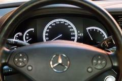 Interior (Designo) da S-classe usada S350 de Mercedes-Benz por muito tempo (W221 Foto de Stock