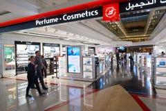 Interior do aeroporto de Dubai International Imagens de Stock