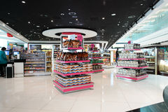 Interior do aeroporto de Dubai International Imagens de Stock Royalty Free