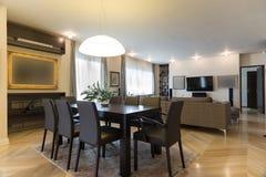 Interior do apartamento, o espaço para refeições Imagem de Stock