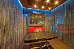 Interior do armário na café-barra Prospekt durante a festa de anos Foto de Stock