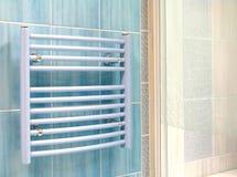 Interior do banheiro - calefator fotos de stock royalty free