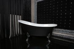 Interior do banho no preto Fotos de Stock Royalty Free