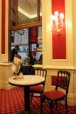Interior do bar do hotel famoso de Sacher Imagens de Stock