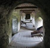 Interior do bastião no castelo de Dôvar - fortaleza histórica - acima do canal inglês imagens de stock royalty free