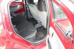 Interior do carro Assentos traseiros de um interior do carro Auto interior com bancos traseiros Fotos de Stock