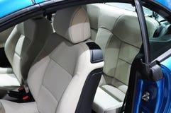 Interior do carro de Peugeot 207cc Foto de Stock