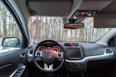 Interior do carro de SUV imagem de stock