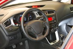Interior do carro, volante Fotos de Stock