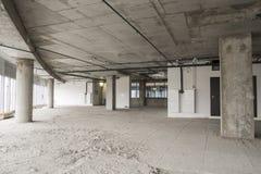 Interior do centro de negócios sob a construção Foto de Stock Royalty Free