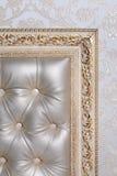 Interior do couro no quadro cinzelado antiguidade Imagem de Stock Royalty Free