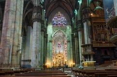 Interior do domo (catedral) em Milão Foto de Stock Royalty Free