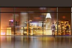 Interior do escritório com homem de negócios Imagens de Stock