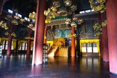 Interior do palácio de Changdeokgung em Seoul, Coreia do Sul imagem de stock