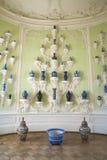 Interior do palácio de Rundale O armário oval da porcelana Fotografia de Stock Royalty Free
