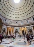 Interior do panteão, Roma, Itália imagem de stock royalty free