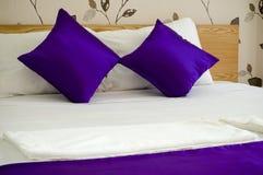 Interior do quarto da cama Imagens de Stock