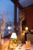 Interior do restaurante com luz Imagens de Stock Royalty Free