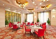 Interior do restaurante do hotel de luxo Fotografia de Stock Royalty Free