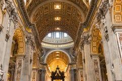 Interior do St. Peters Basilica em Roma Imagem de Stock