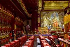 Interior do templo budista Fotografia de Stock
