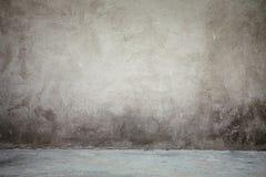 Interior do vintage da parede e do assoalho cinzento do cimento imagem de stock royalty free