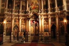 Interior, el iconostasio en la iglesia ortodoxa Fotos de archivo