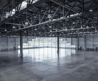 Interior of an empty warehouse Royalty Free Stock Photos