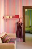 Interior en color rosado fotografía de archivo libre de regalías