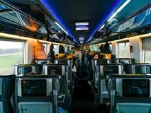 Interior en el coche de tren Praga-Viena foto de archivo