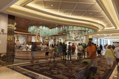 Interior en Las Vegas, nanovoltio del hotel de Bellagio el 6 de agosto de 2013 imagenes de archivo